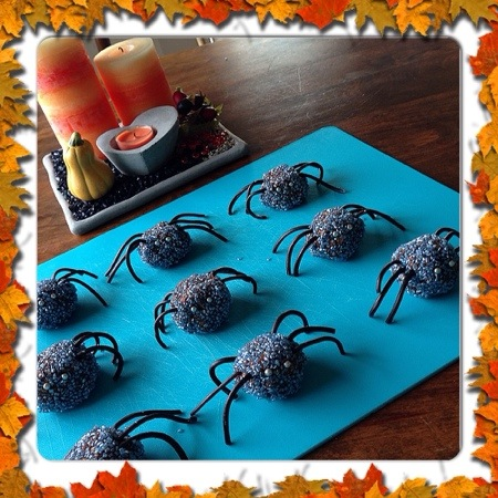 halloween spindlar recept